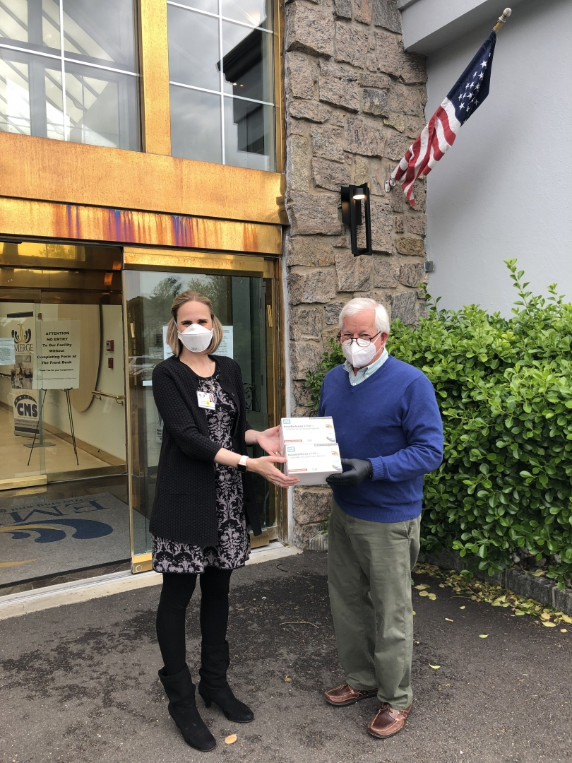 Assemblymember Lavine delivers much needed PPE to protect against COVID 19 to The Regency Assisted Living Facility in Glen Cove.